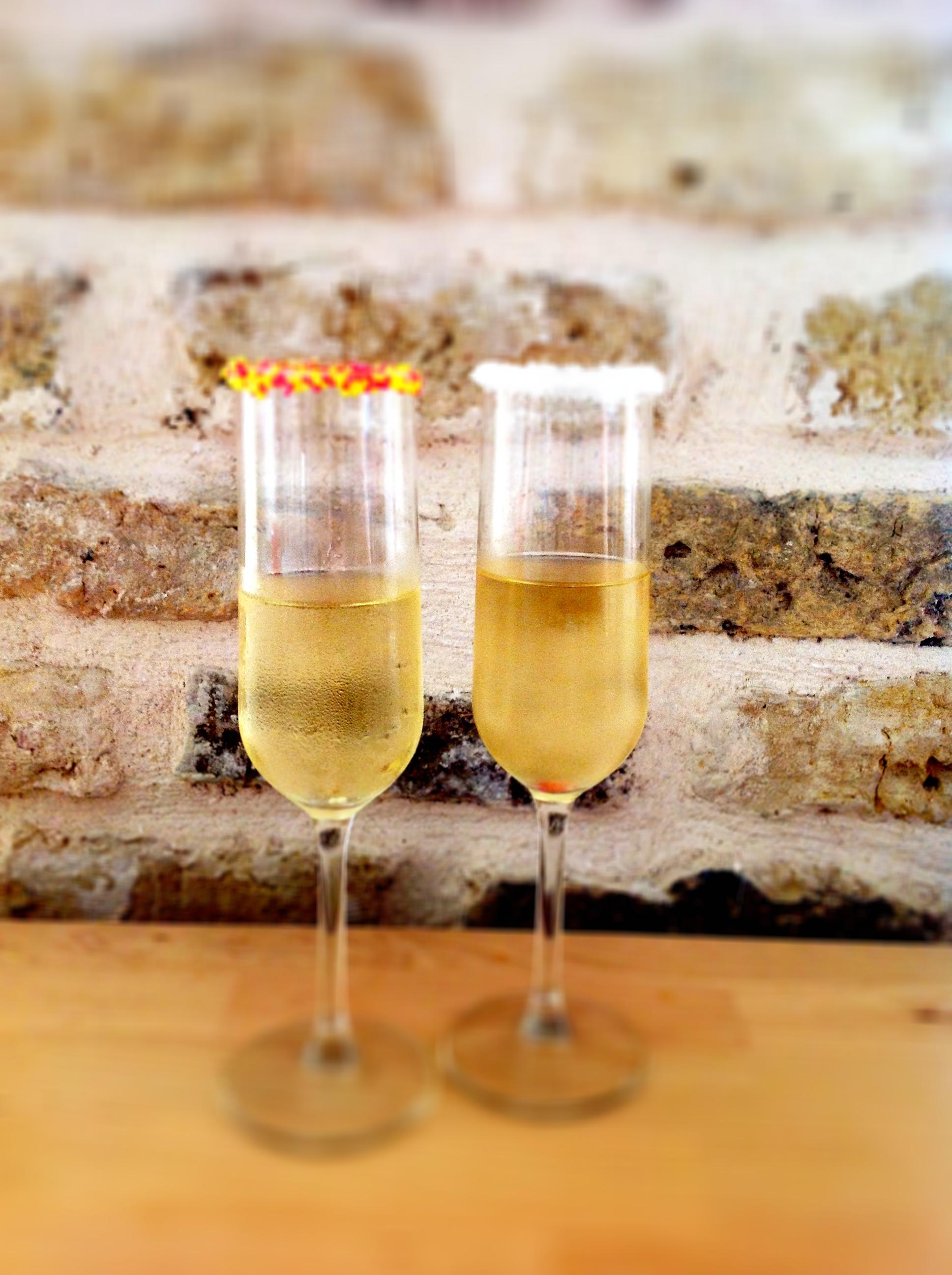 איך אפשר לשדרג כוסות שמפניה בשלוש דקות?